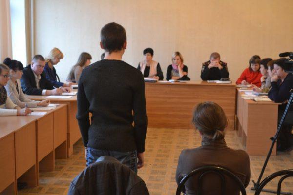 Правозащитники Марий Эл в очередной раз предотвратили неправомерное наказание родителя Комиссией по делам несовершеннолетних